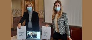 """Il sindaco Mirella Cerini e la consigliera delegata al commercio, Lisa Letruria, presentano la nuova piattaforma """"Spesa in Comune"""""""