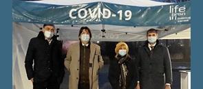 Il sindaco Mirella Cerini, insieme a Marco Tajana, al l dottor Giancarlo Zanoli e ad Alessandro Giglio